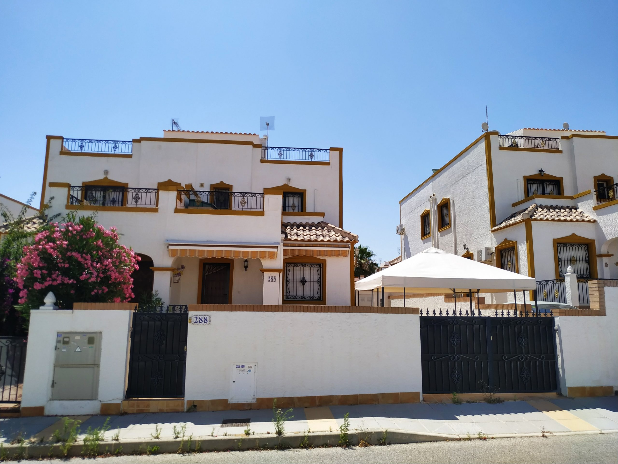 Excellent 3 bedroomed perfectly located villa